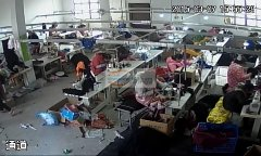专业生产加工舞台装,游戏装,圣诞节,万圣节服装及各种公主裙。