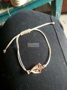 专业承接  编织手链 、串珠、 挂圈 、包装、上钻、各种吊饰