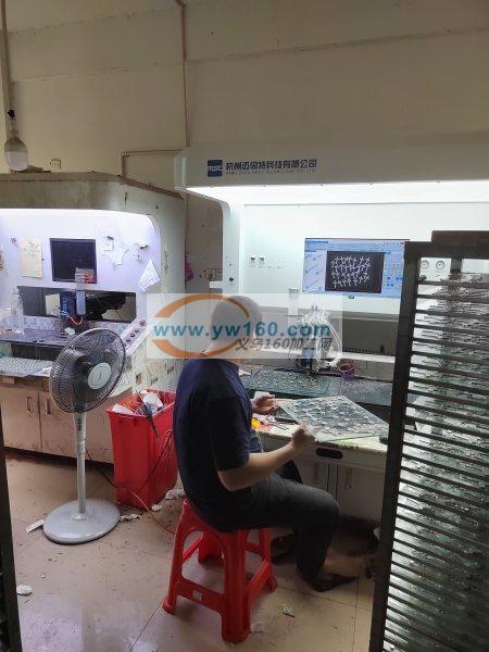 专业机器滴油加工,机器点钻加工,承接各种
